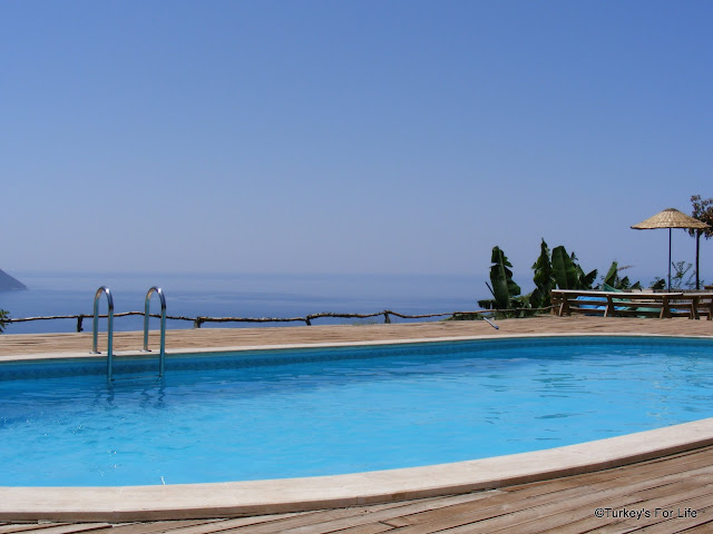 Swimming Pool At Olive Garden Kabak