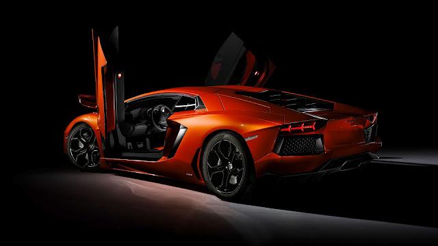 Lamborghini AVENTADOR LP 700-A