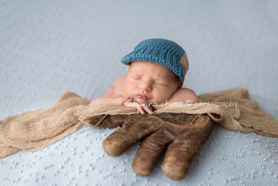 Eugene and Springfield, Oregon newborn photographer