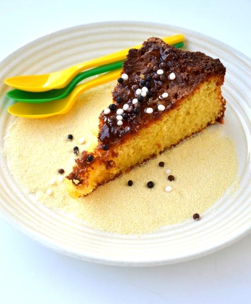 torta di semolino al limone e farina di mandorle