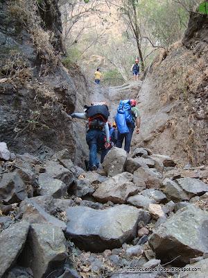 A escalar para salir del cañón de Matatlán