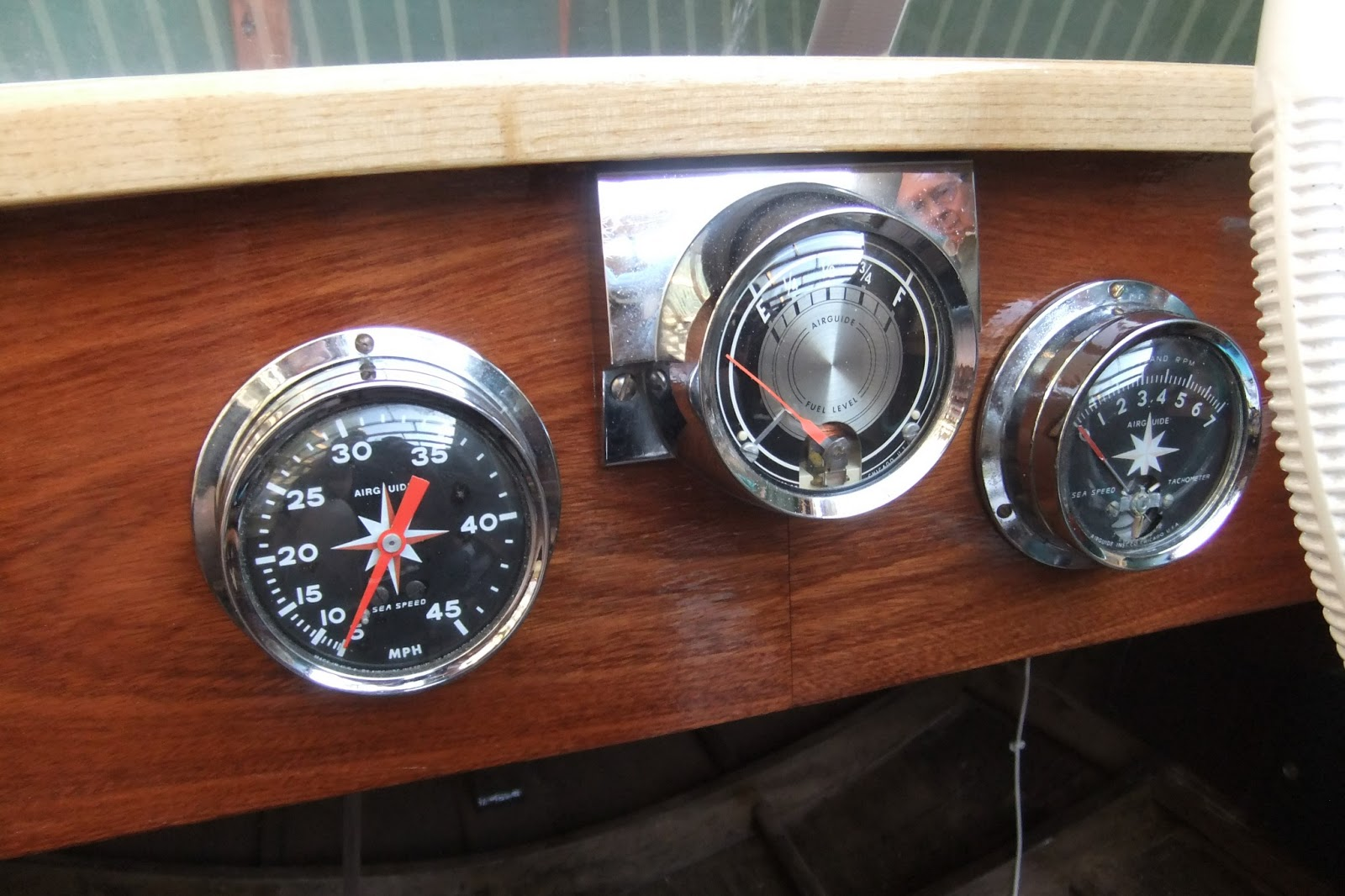 my wooden speed boat build airguide instruments rh southcoastprojects blogspot com airguide instrument company history airguide instrument company barometer