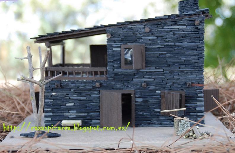 Casas de pizarra la casa negra del cerro - Casas en miniatura de madera ...