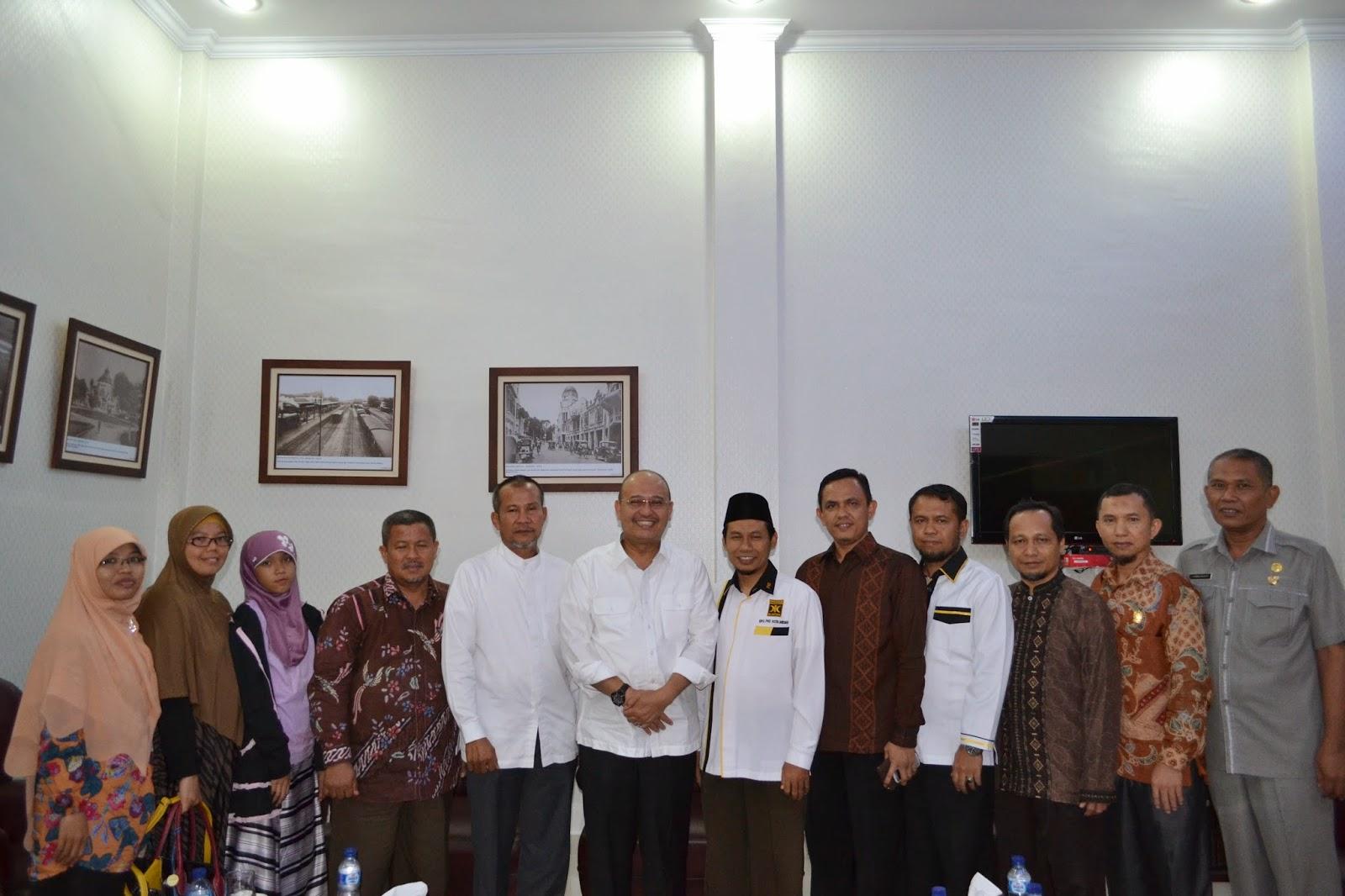 Dzulmi-Eldin-PKS-Medan-bersilaturrahim