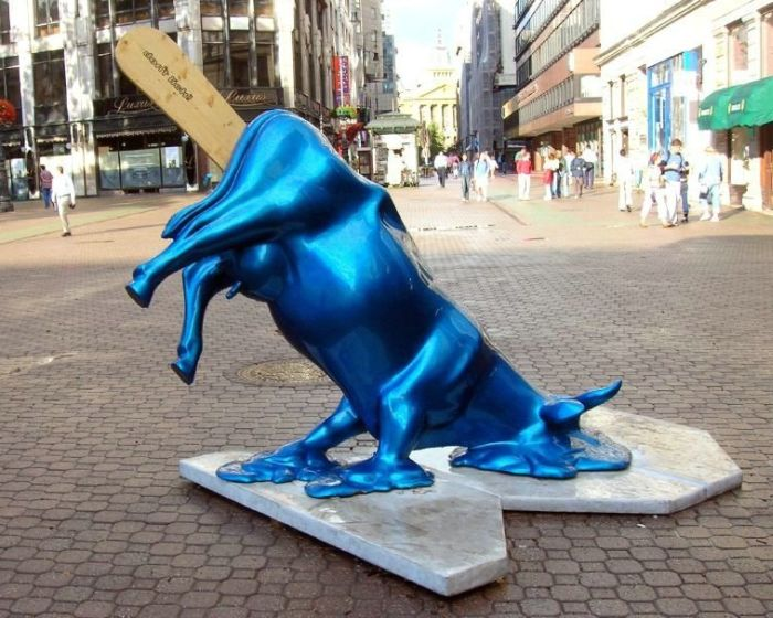 Strange Statues Around The World Damn Cool Pictures