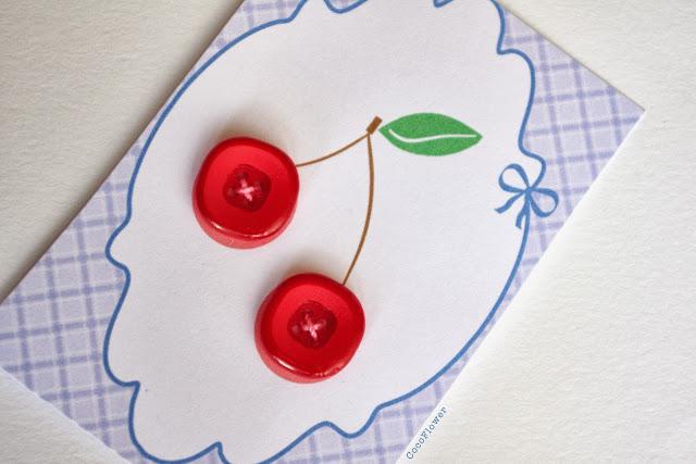 #cerise #bouton #rouge plastique www.CocoFlower.net