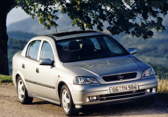 the ultimate car guide car profiles opel astra sedan 1999 2004. Black Bedroom Furniture Sets. Home Design Ideas