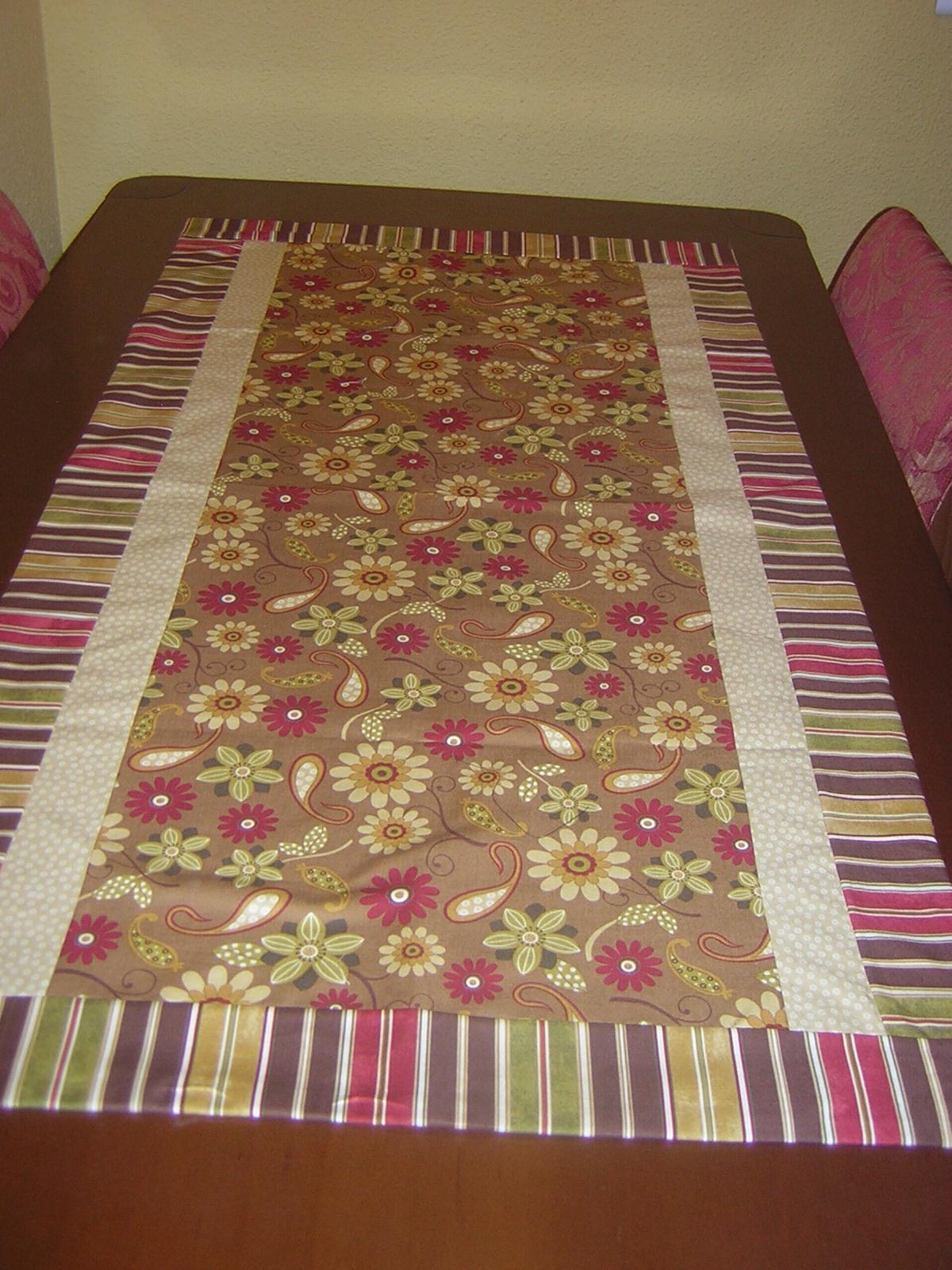 Las labores de la abuela kiki caminos de mesa - Caminos para mesas ...