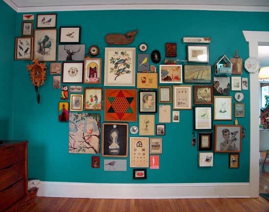 If i must say so fashion food and crafty resolutions - Eclectic picture frame wall ...