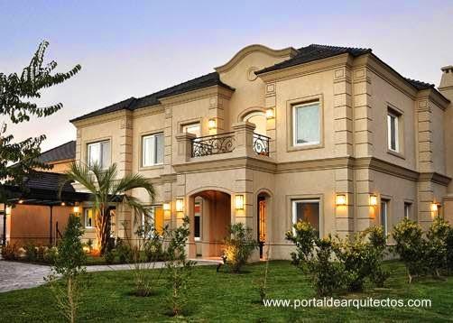 Fachadas de estilo clásico en moderna residencia de suburbio