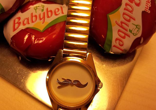 reloj_bigote
