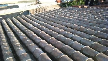 Maneras de colocar de las tejas para comunidades for Tejados sin tejas