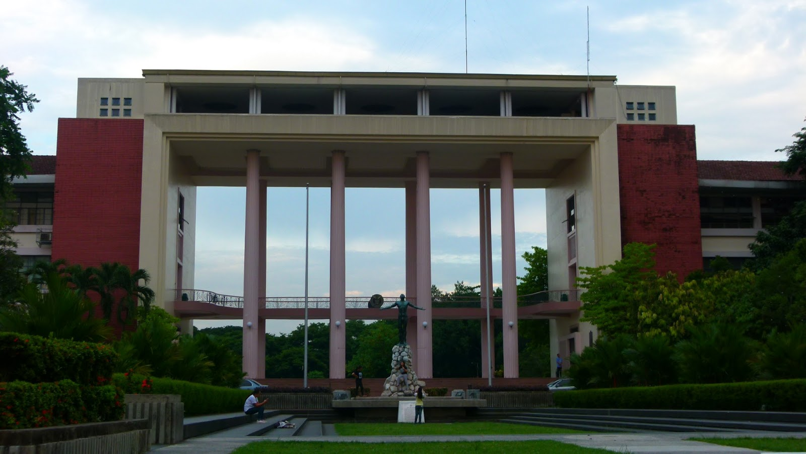 """the quezon hall of up diliman the pride of university There are two ongoing exhibits at the university of the philippines diliman that emphasize how its past and also its future are so intertwined with that of quezon city one exhibit, """"shared heritage,"""" is curated by architect gerard lico and consists of blown-up photographs of quezon city and up."""