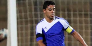 إبراهيم عبد الخالق لاعب وسط سموحة