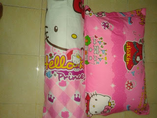 Bantal Dan Guling Tabung Silikon Plus Sarung Hello Kitty