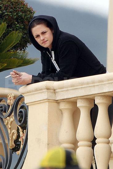 """Curiosidad """"Kristen Stewart"""" le ha dado la vuelta a la  imagen del clasico de Blancanieves, más nuevas fotos del detrás de escena en SWATH"""