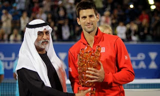 TENIS-Djokovic acaba el año a lo grande
