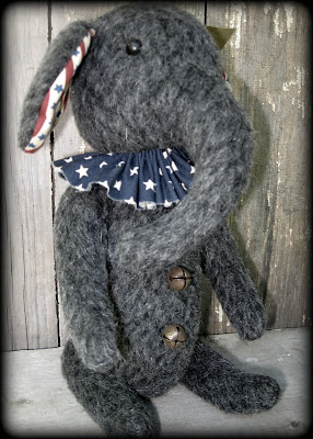 https://www.etsy.com/listing/235139445/primitive-folkart-patriotic-elephant?ref=shop_home_active_4