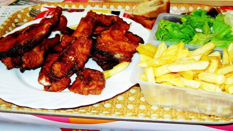 Карп в кляре на пиве - Рыба жареная в кляре приготовленном на пиве - Праздничные блюда - Рыбные блюда - Рецепт - Ресторан дома