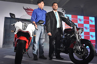 HYOSUNG AQUILA GV650 PRO AND GT650R LAUNCHED IN INDIA