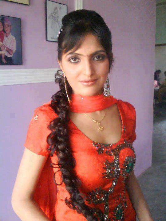Kanpur escort services - 2 7
