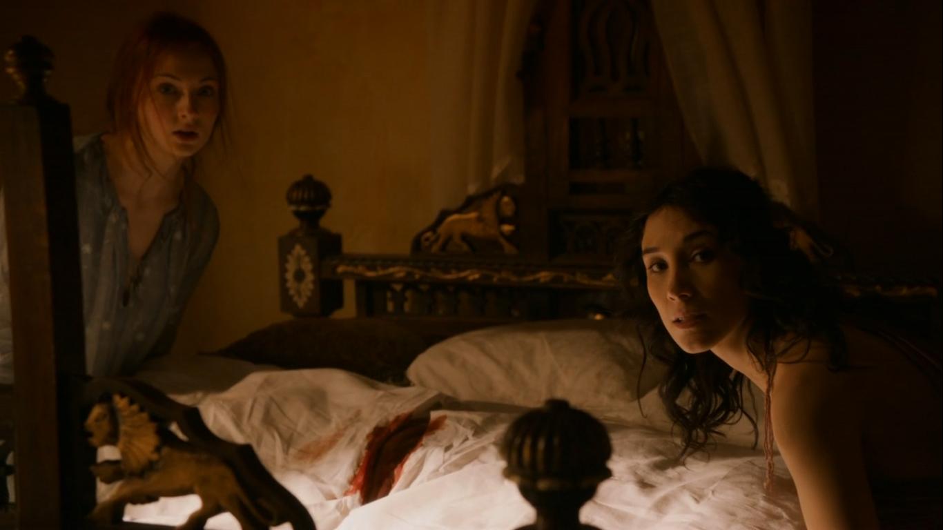 http://1.bp.blogspot.com/-zO4EzuJ0XDI/T7-Xy9VNjiI/AAAAAAAAAZs/6wYvaN-e_E8/s1600/Game+of+Thrones+-+A+Man+Without+Honor+-+King\'s+Landing+Sansa.png