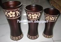http://toko-jati.blogspot.com/2013/01/vas-bunga.html
