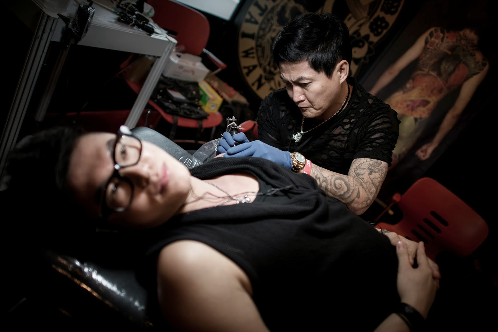 Artist, China, Hong Kong, Men, Men with Tattoo, People, Tattoo, Tattoo Convention, Women, Women with Tattoo, World, Offbeat, Art, Tattoo Artist,