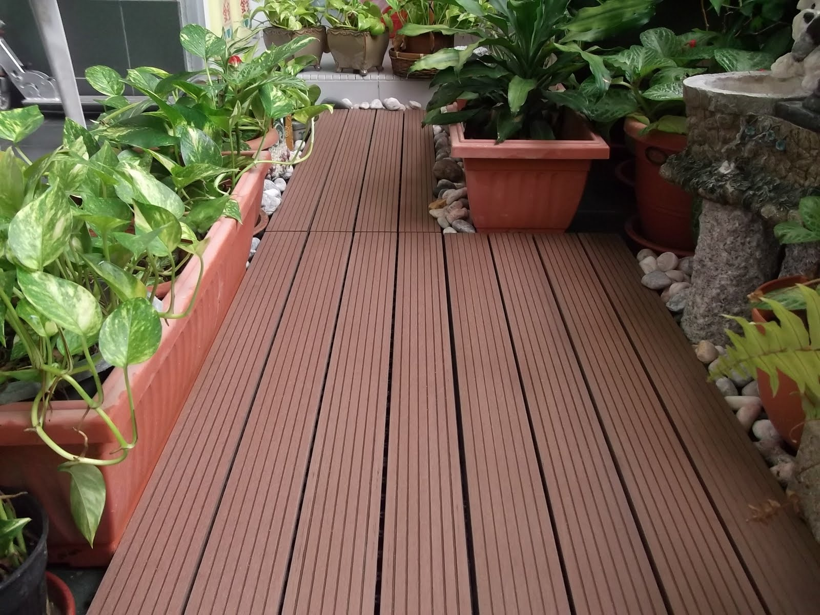 Singapore 39 s leading supplier of outdoor decking flooring for Balcony planters
