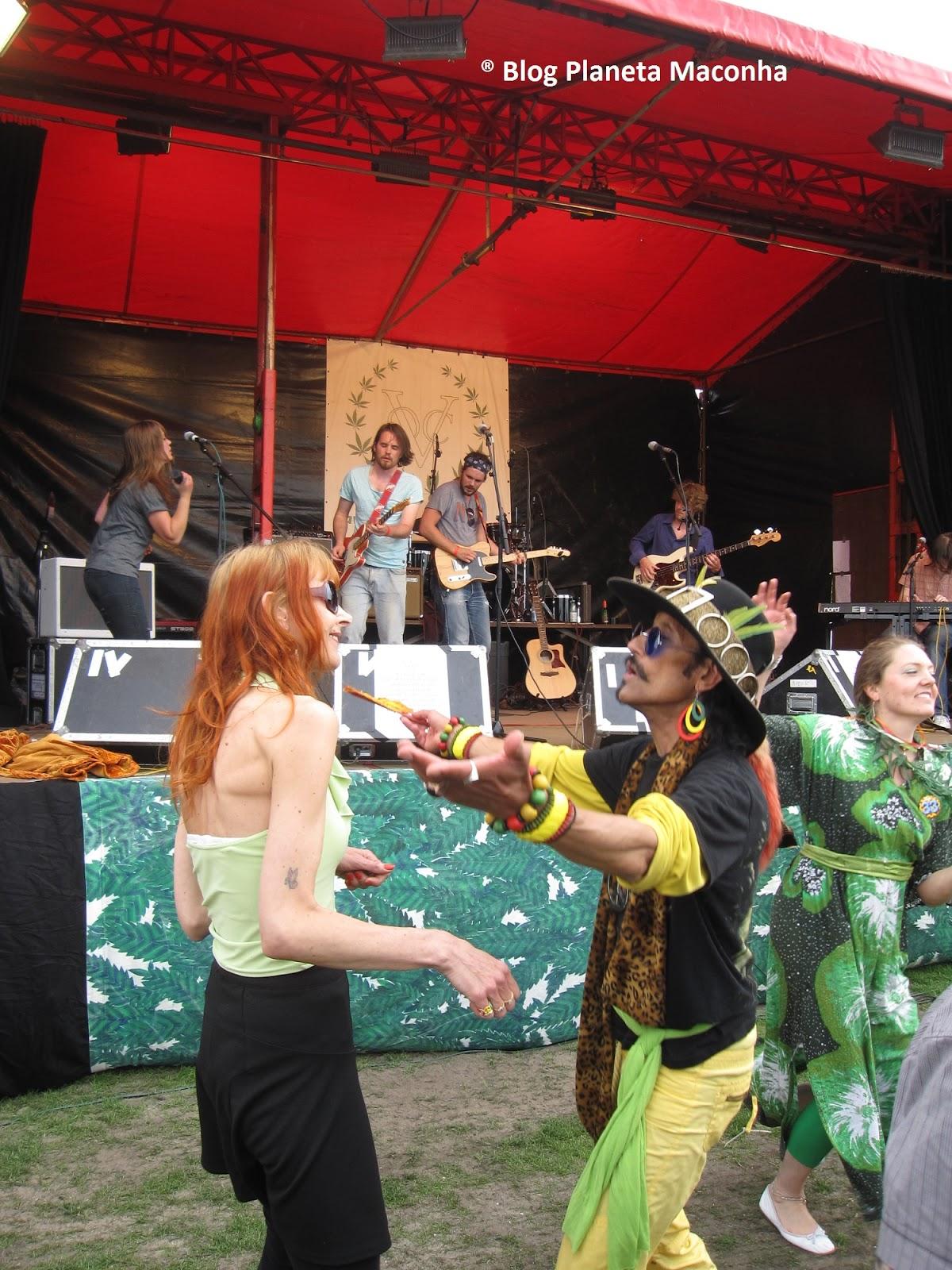 Muita musica ao vivo na Marcha da Maconha de Amsterdam 2013