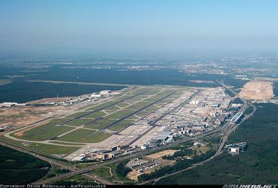 [Internacional] Fraport celebra nova pista em Frankfurt  Fra+%25283%2529