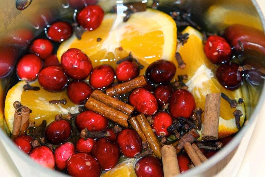 A Frugal Pot-pourri Christmas With Cinnamon