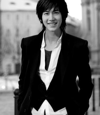 Biodata dan Foto Kyuhyun Super Junior