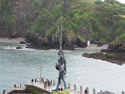 Ilfracombe pregnant statue