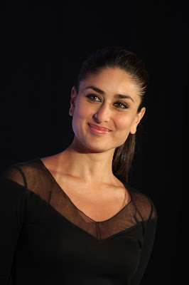 kareena kapoor at the launch of new sony vaio laptops. actress pics