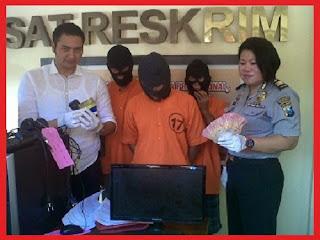 penjual chips poker ditangkap