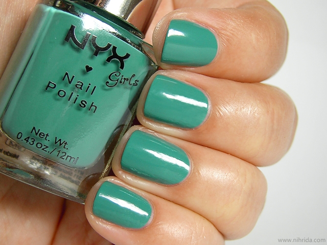 NYX Girls Nail Polish in Algae
