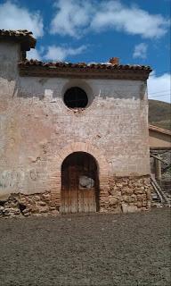 Fachada de la ermita de Nuestra Señora de la Merced de Calatayud en la torre de Anchís