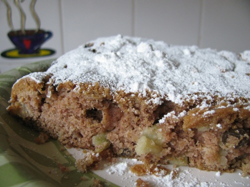 Green Gourmet Giraffe: Apple Spice Cake