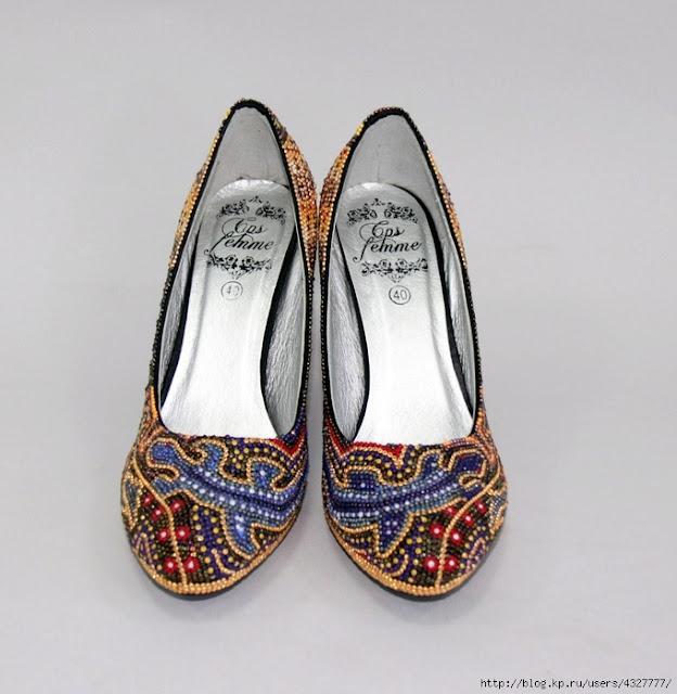 Бісерні туфлі в стилі Уічол, зроблені в Україні