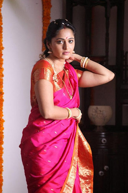 Anushka Shetty saree photos Thandavam tamil movie