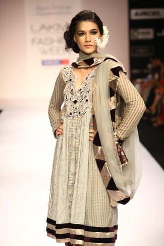 Desi Fashion: Fav Designers from Lakme Summer/Resort 2012 - Part 2