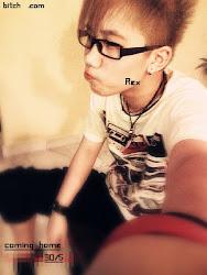我可爱的哥哥=)-rex