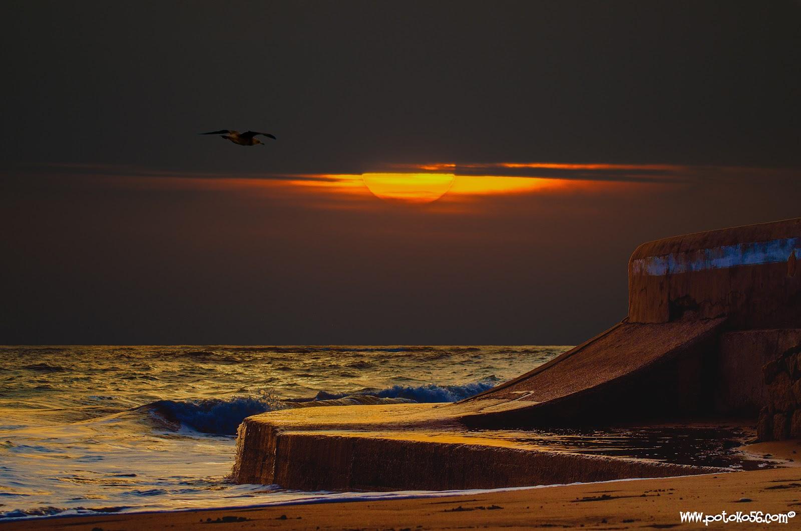 Puesta de sol esta tarde en el Hotel Playa de la Luz en Rota