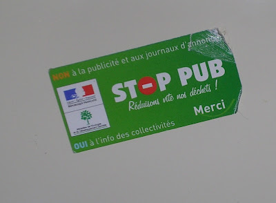 mailbox sticker in France for reducing junk mail