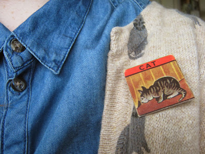 Cat Picture Domino Brooch