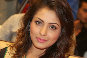 Madhu Shalini gorgeous looking photos-thumbnail-16