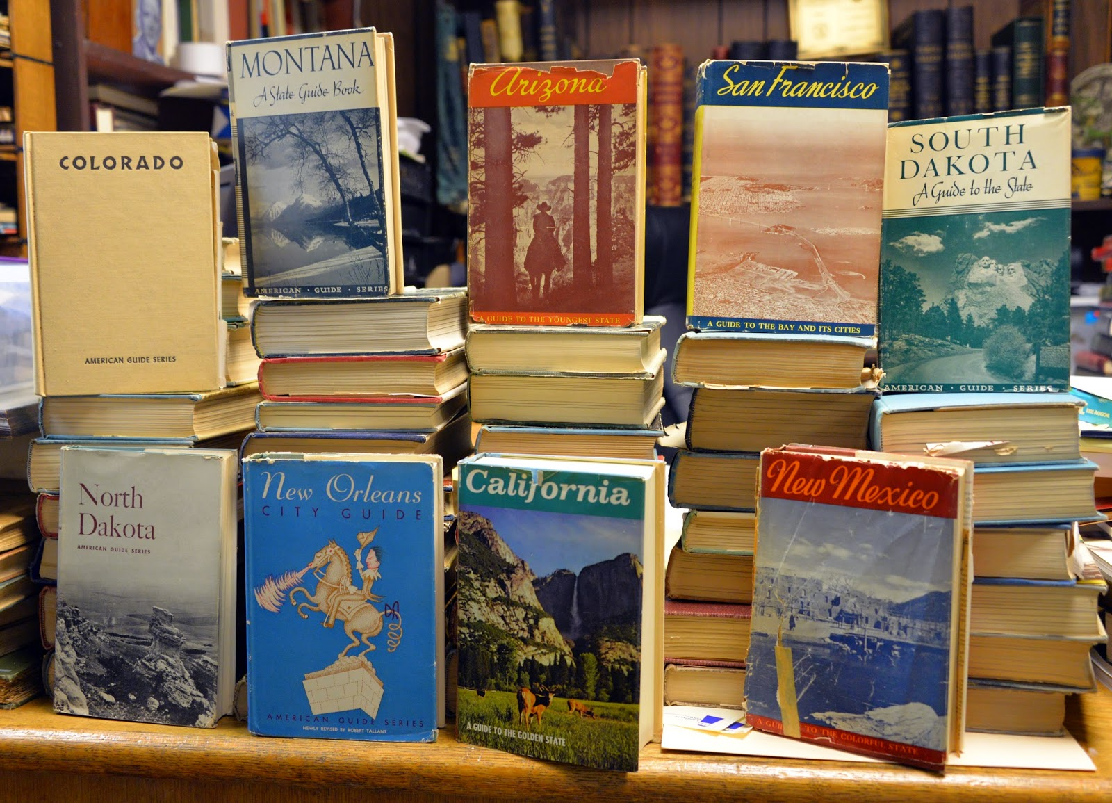 lighthouse books abaa these 50 american guide series volumes were rh oldfloridabookstore blogspot com Golden Guide Pond Life Golden Nature Guide