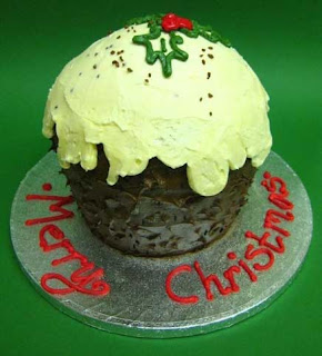 Merry Christmas giant cupcake decorated photo with chocolate and cream free download hd(hq) Christian wallpaper,religious images