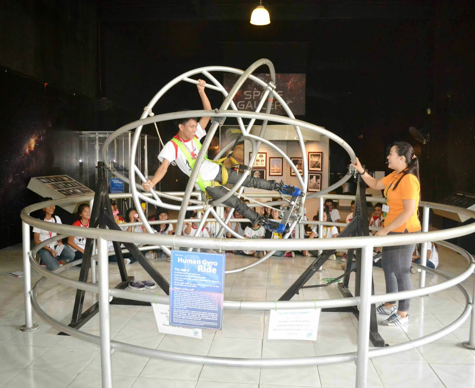 Human Gyro: Philippine Science Centrum